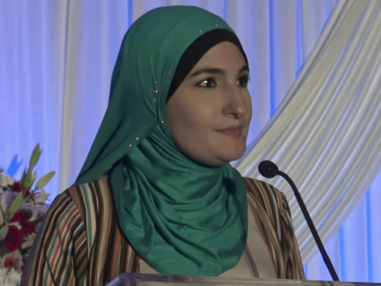 b2d04c7fe21 Linda Sarsour Asks Muslims To Form