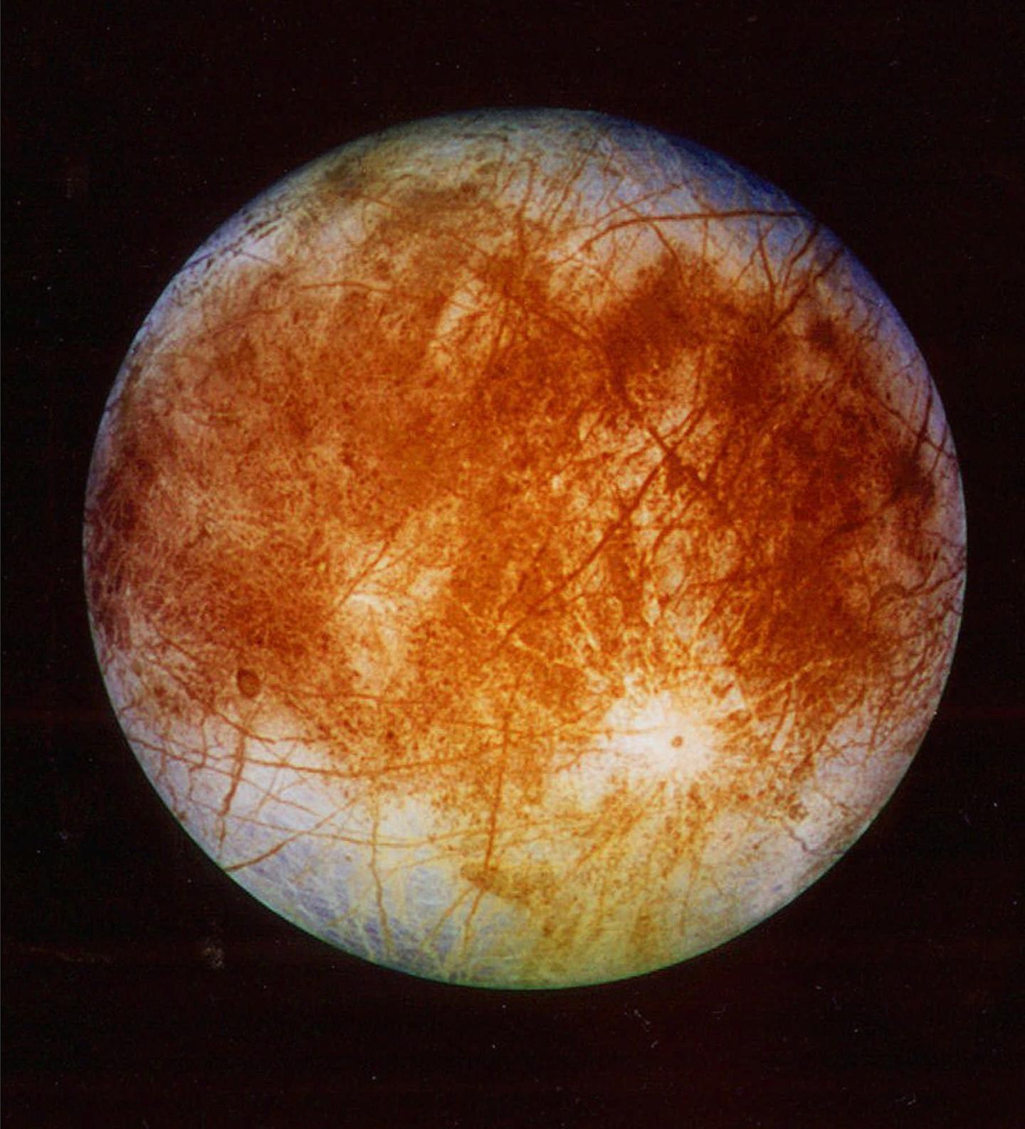 Discovery of Table Salt on Europa's Surface Boosts Hope for Life