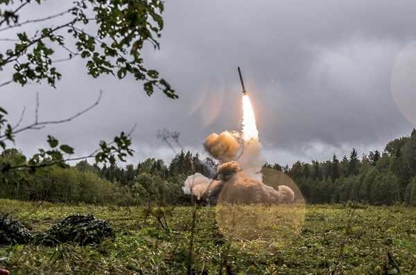 Russia Deploys Nuclear Missiles Near Ukraine Border