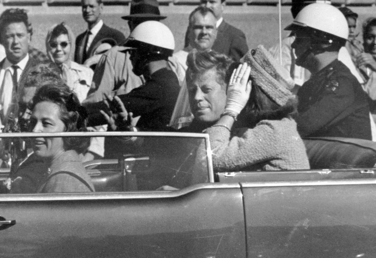 the conspiracy behind jfks assassination Crazy kennedy assassination conspiracy theories: and it has even been connected to the jfk assassination, as some conspiracy-minded joe dimaggio was behind.