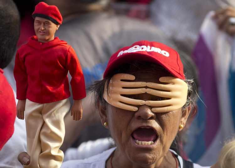 Maduro's Critics Long for Change but Won't Vote