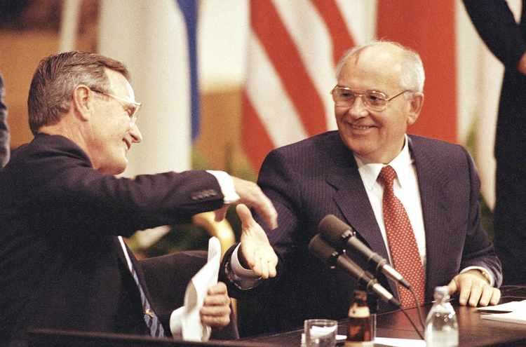 Mikhail Gorbachev Warns Russia and U.S. Must Avoid 'Hot War'