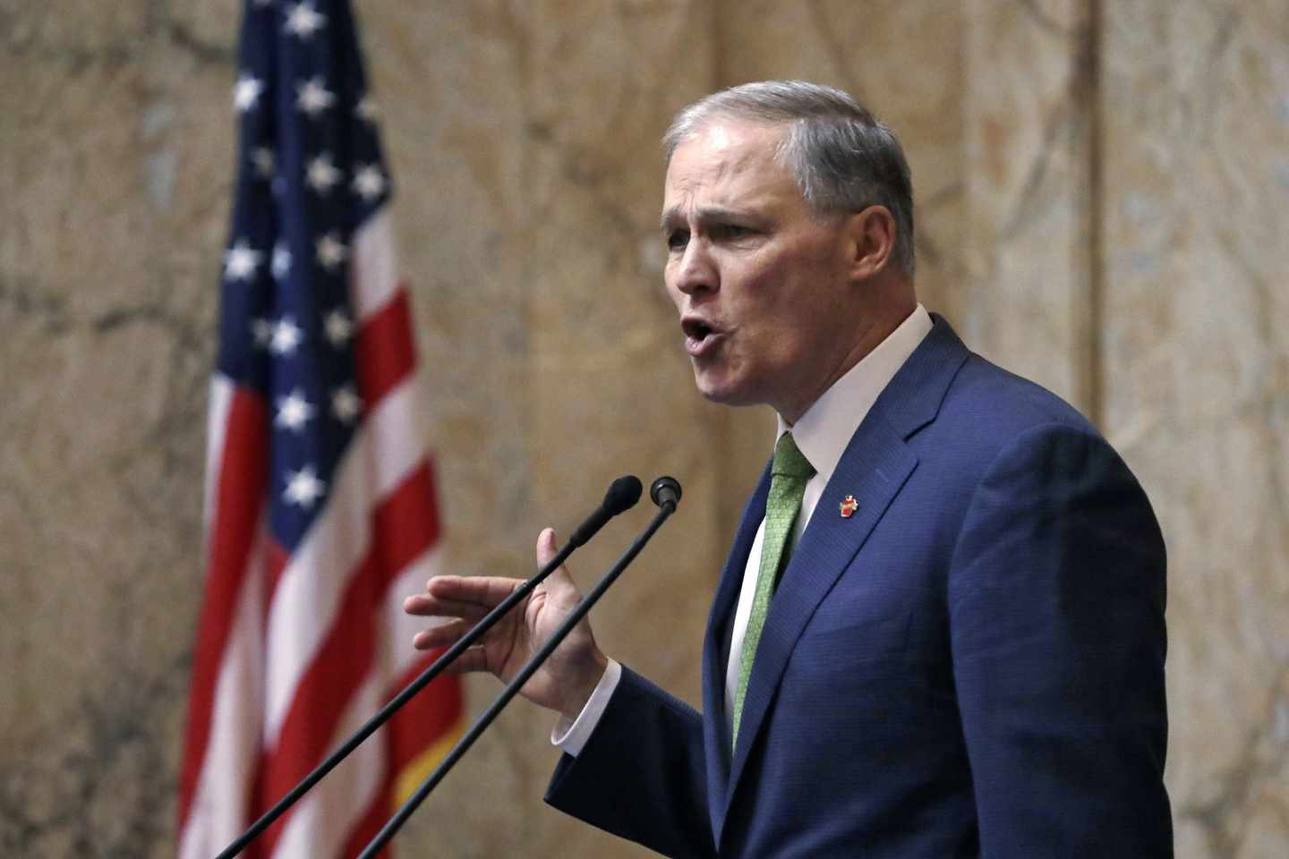 Inslee Puts 2020 Mantra -- Green Energy -- Front and Center