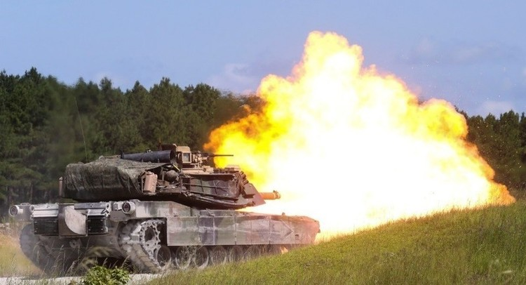 Marine Corps Upgrades M1A1, Lags Behind Army Armor