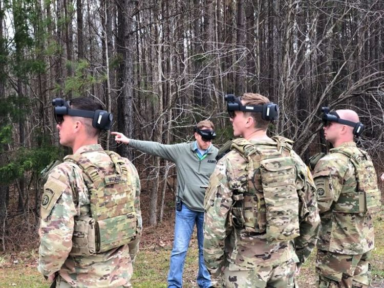 How the Army Plans to Use Microsoft's HoloLens on the Battlefield
