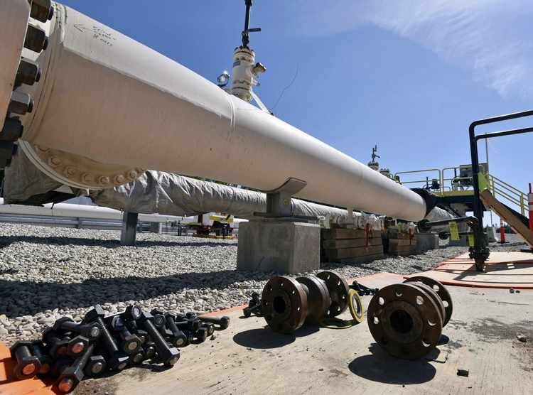 Americans Need More Oil and Natural Gas Pipelines