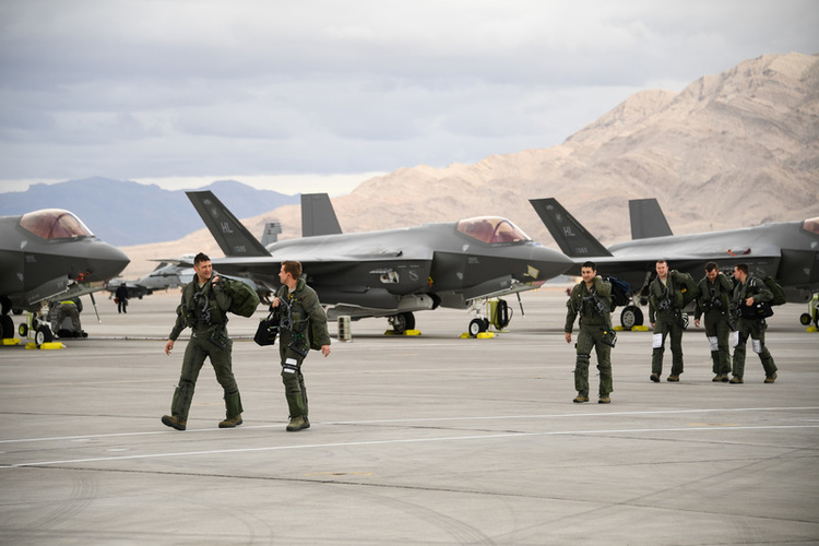 GAO Hits F-35 Readiness, Blames Parts Pipeline