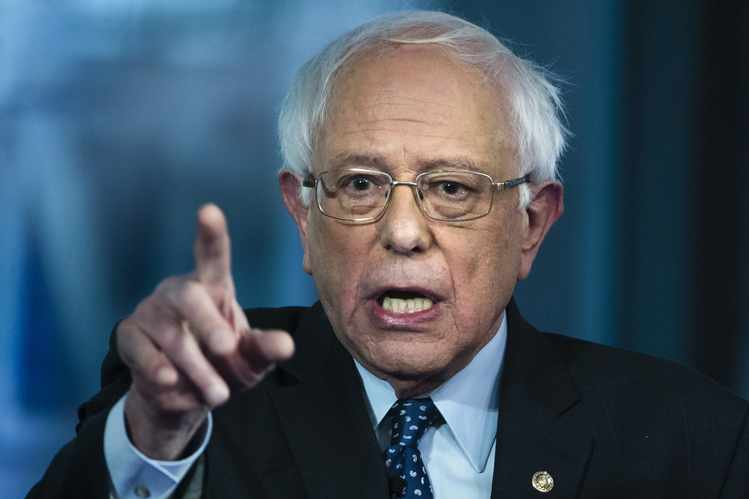 Bernie Sanders Proposes Halt to Charter School Funding