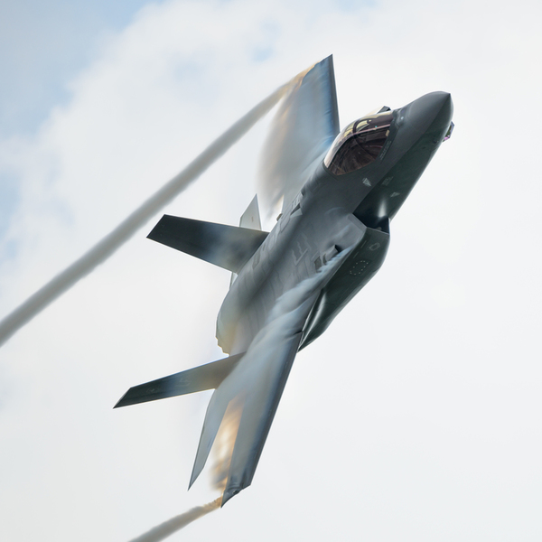 Lockheed Looking at Extending the F-35's Range, Weapons Suite