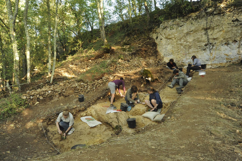 Bones Reveal Neanderthals' Sex Lives