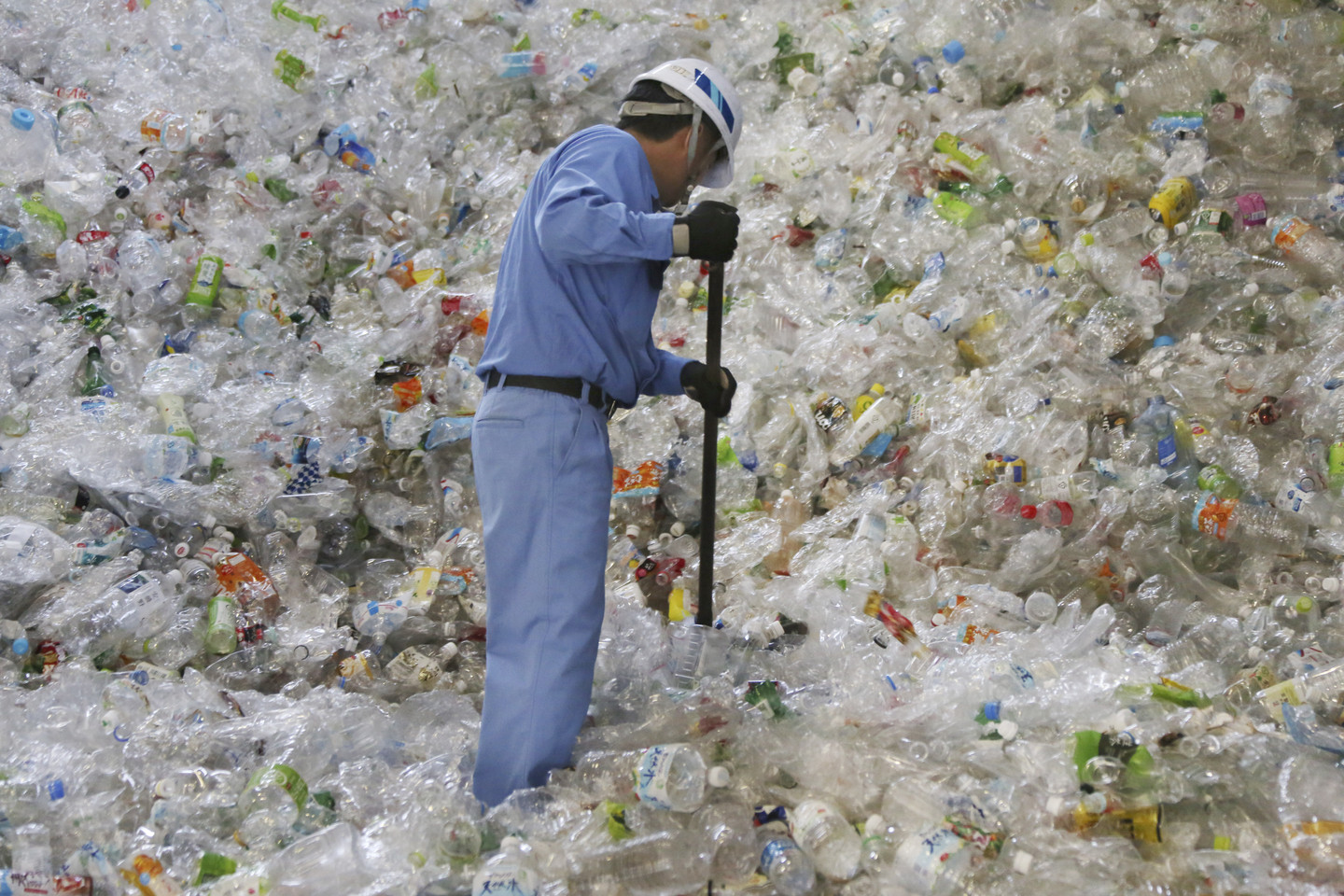 Why It's Probably Better for the Planet to Throw Plastic in the Trash