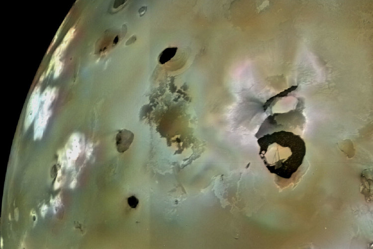 Biggest Volcano on Jupiter's Moon Io Likely to Erupt Soon