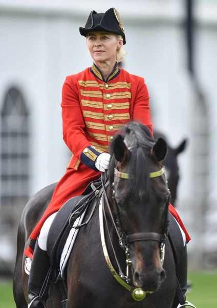 Ursula von der Leyen Struggles to Stay in the Saddle