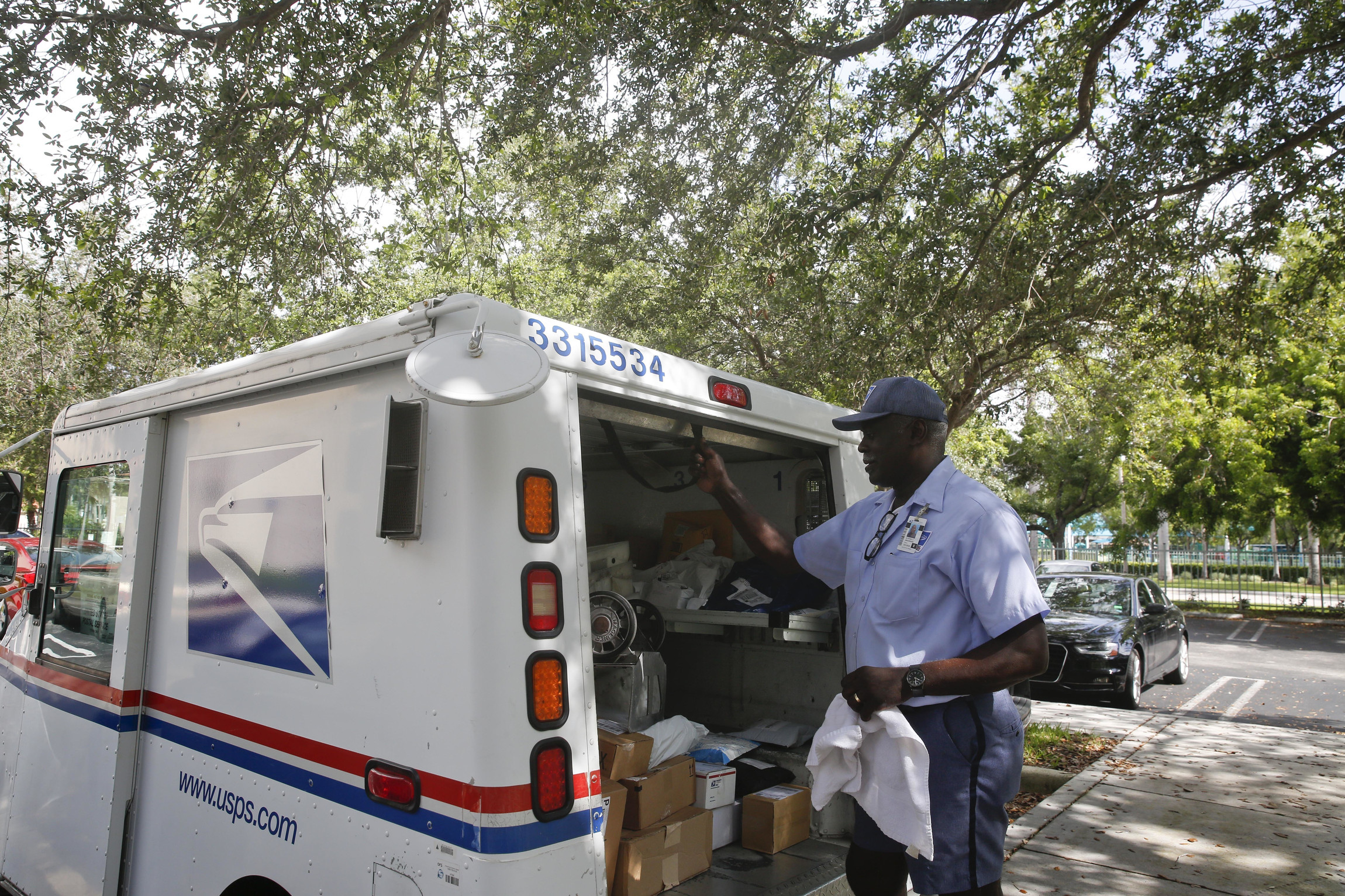 We Deliver for Who? USPS Financial Woes Continue; Congressional Reform Unlikely.