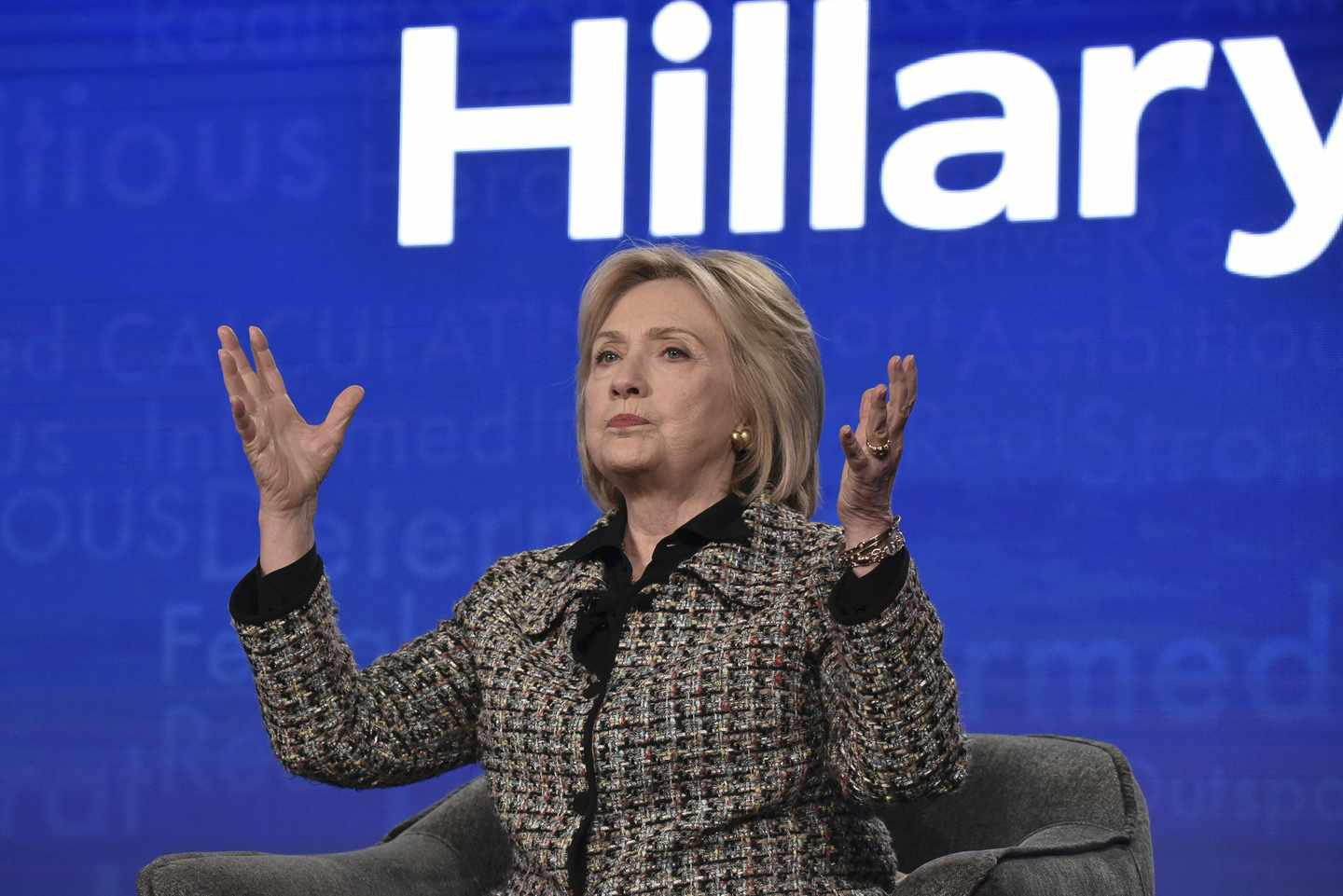 Ready, Dems? Hillary Wants a Starring Role