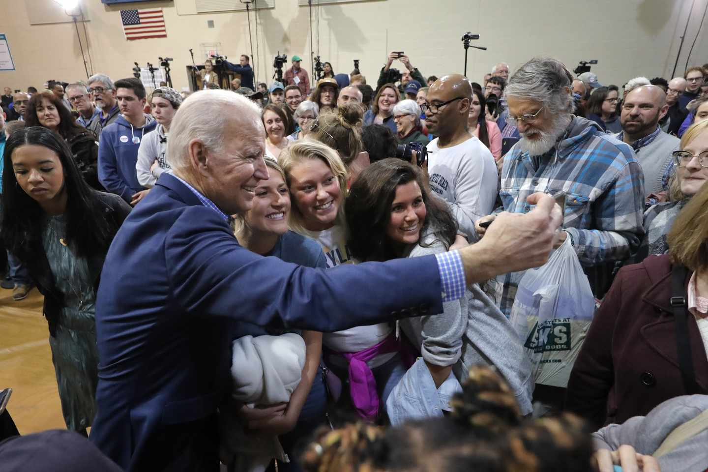 Bolstered by His Lead, Freewheeling Biden Lets Loose in S.C.