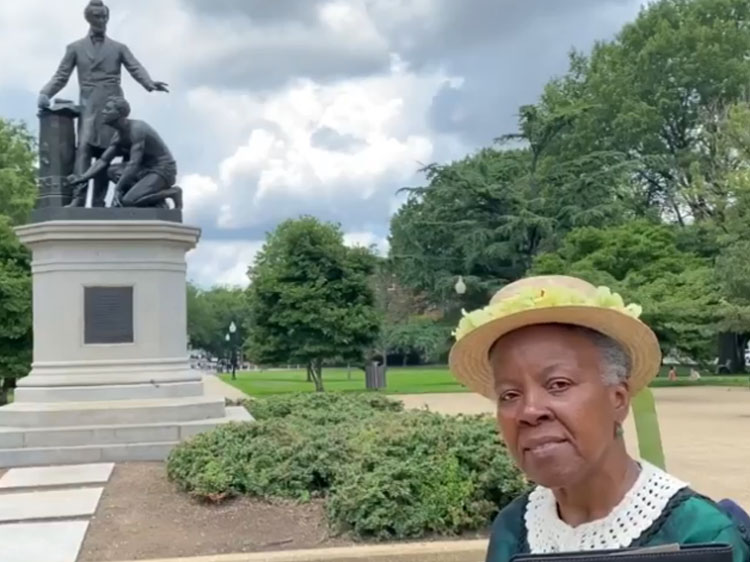 """Historical Re-Enactor: Freed Slave In DC's Emancipation Memorial """"Is Not Kneeling, He's In The Act Of Getting Up"""""""