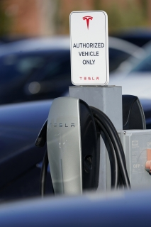 5 Reasons Not to Buy an Electric Car