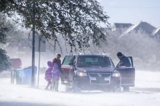 Texas Power Outages: How the Largest Energy-Producing State in the US Failed in Freezing Temperature